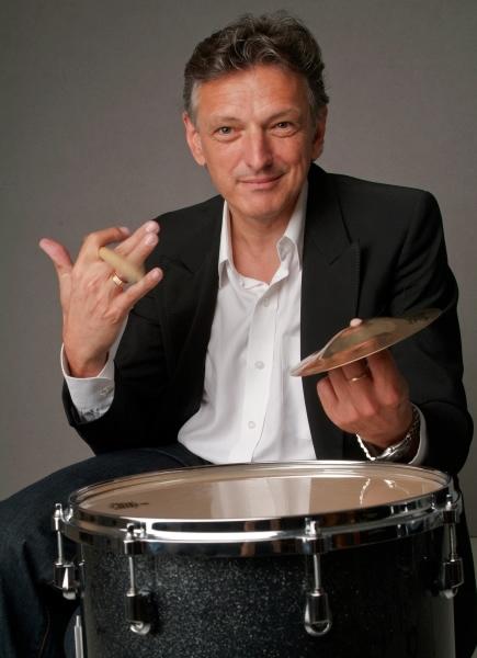 Performer, Dozent und Autor für Schlagzeug und Percussion Thomas Hupp